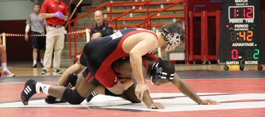 UW Red/White Dual set for October 24